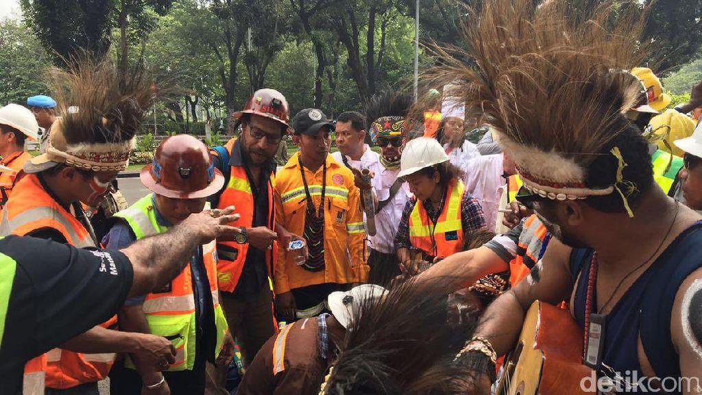 Bupati Mimika Sebut Demo Bayaran, Ini Penjelasan Karyawan Freeport