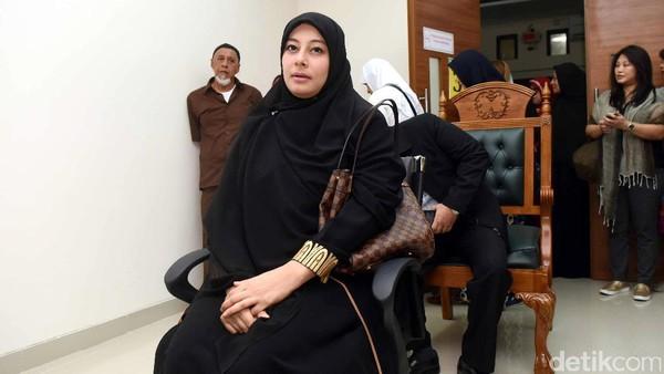 Asisten Rumah Tangga Sebut Istri Pertama Ustad Al Habsyi Merampas dan Mengancam