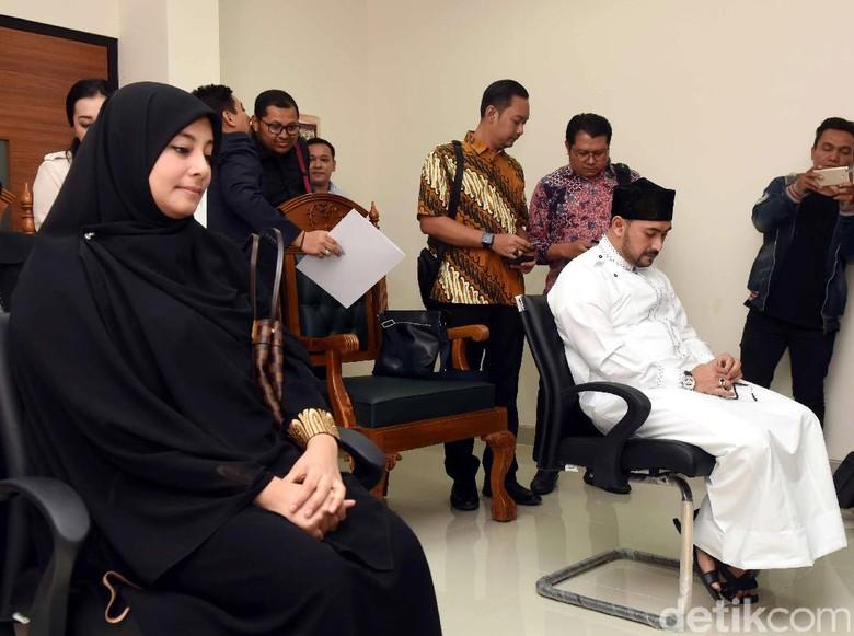 Ustad Al Habsyi Tak Terima Poligaminya Dibongkar?