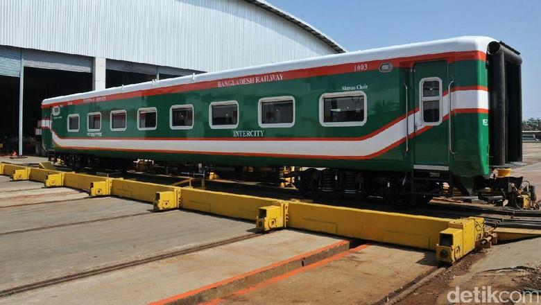 Kereta Bangladesh Made in Madiun Geser Produk China dan India