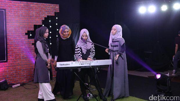 Turut Meriahkan d'Hot Music Day, 4 Finalis Sunsilk Hijab Hunt 2016 Memang Cinta Musik