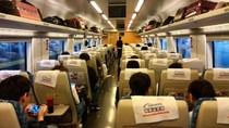 Ini Sensasi Naik Bullet Train di China