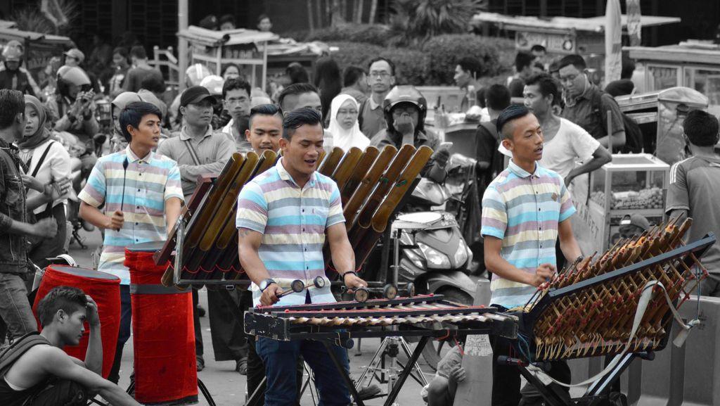 Street Musician from Jakarta Kota