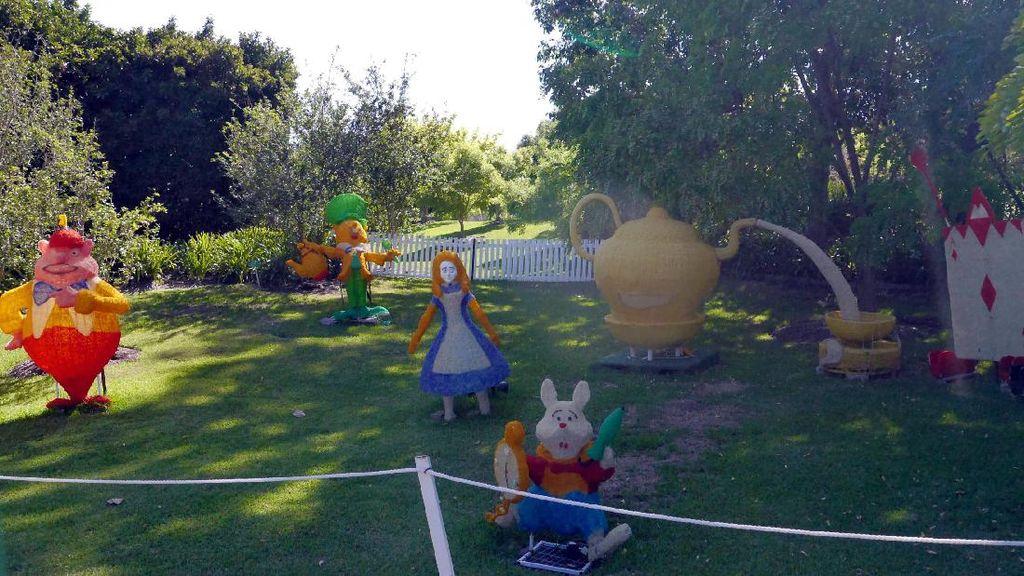 Imutnya Taman Alice in Wonderland Hingga Cinderella di Australia