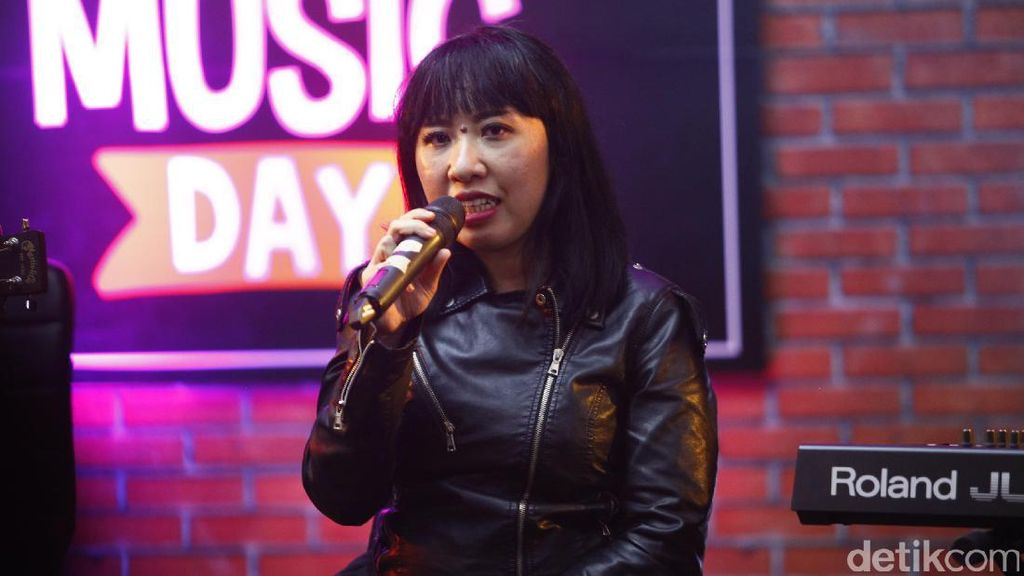 Pandai Besi Bawakan Single 'Laki-Laki Pemalu'