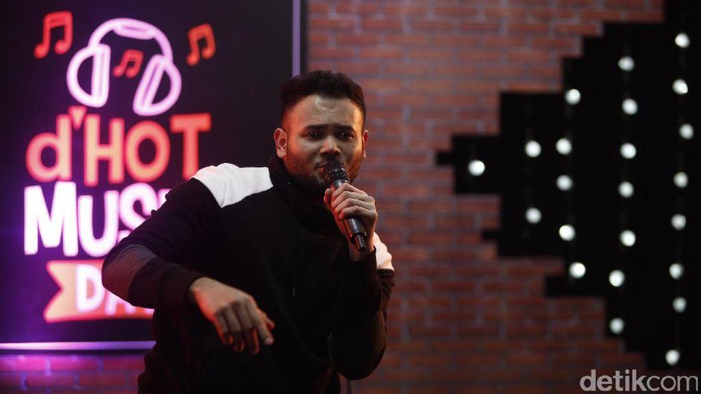 Saat Ditangkap, Ridho Rhoma Sedang Sibuk Promo Single Terbaru