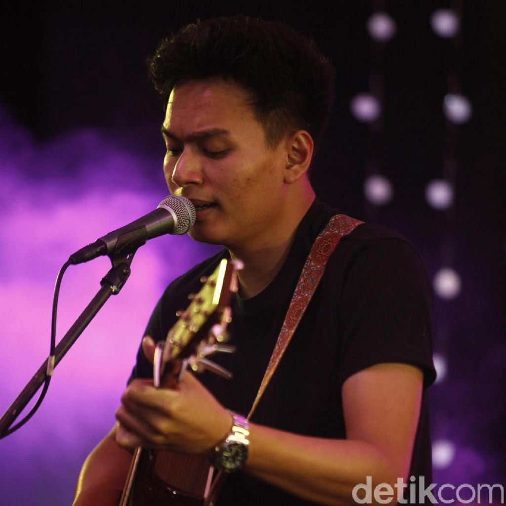 The Journey Rendy Pandugo: Benchmark Baru Musik Pop