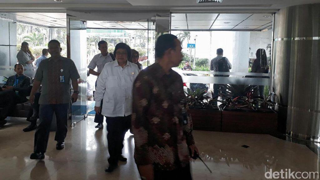 Bahas Proyek Tanggul Raksasa, Tiga Menteri Merapat ke Kantor Luhut