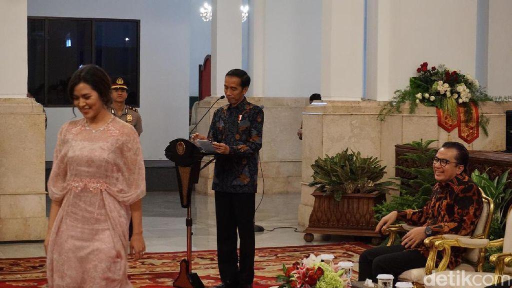 Bahas Proyek Strategis Sulteng dan Kaltim, Jokowi Kumpulkan Menteri