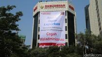 Ombudsman Pasang Spanduk Raksasa Lawan Maladministrasi
