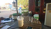 Menyesap Secangkir Kopi Sebelum di Perbatasan Thailand-Laos