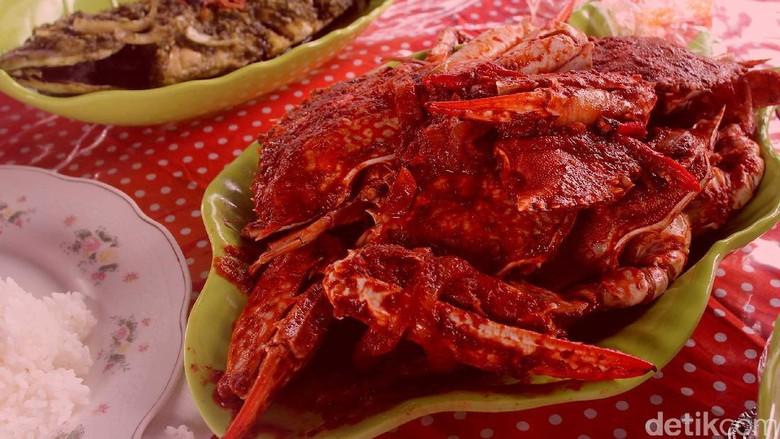 Kuliner kepiting saus padang (Randy/detikTravel)