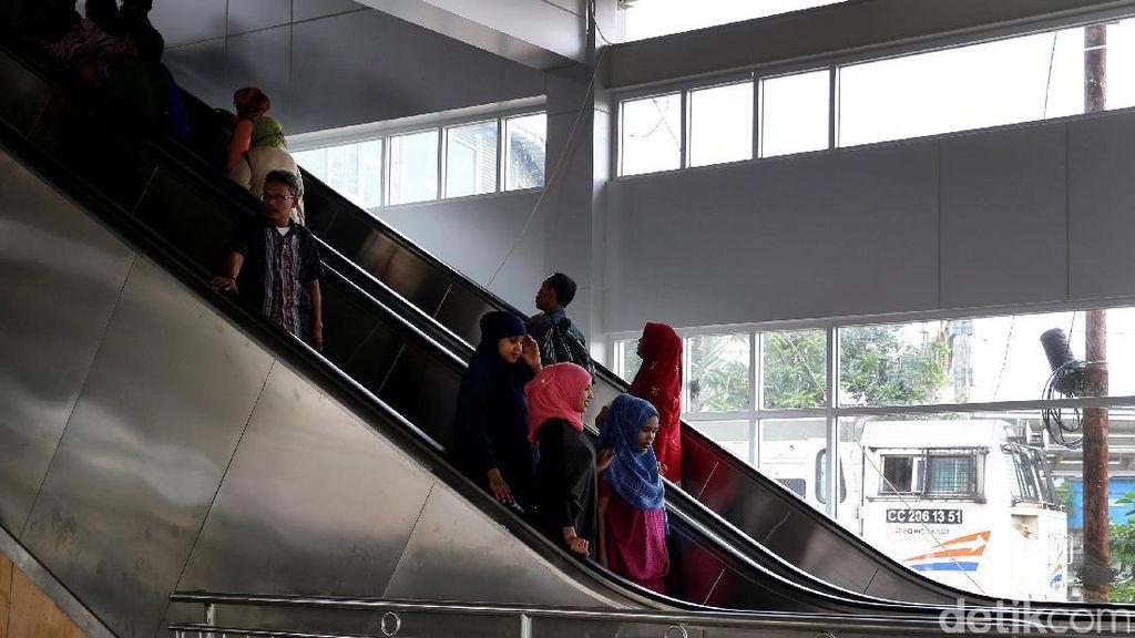 Stasiun KRL di Cikarang Bakal Dilengkapi Eskalator dan Lift