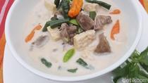 Video Resep: Siang Ini Enaknya Masak Sayur Godog Cabe Hijau yang Sedap Ini