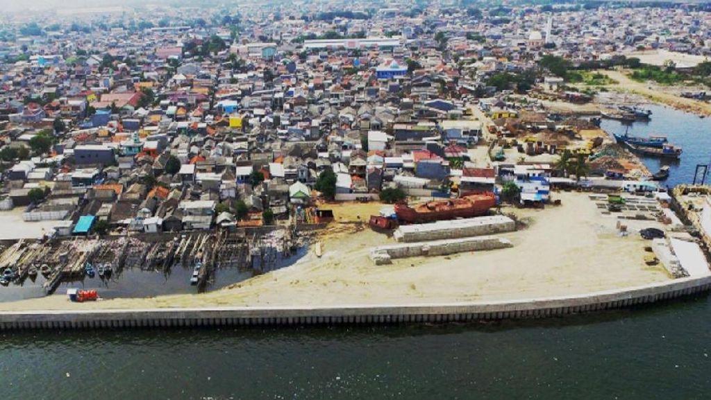 Selain Banjir, Ini Alasan Jokowi Teruskan Proyek Tanggul Raksasa