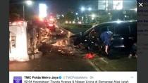 Kecelakaan di Semanggi Arah Slipi, 2 Mobil Rusak Parah