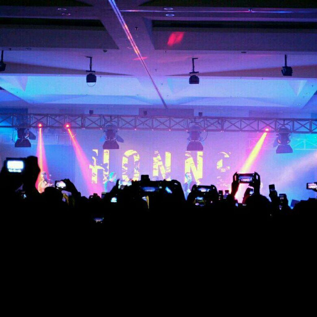 Serunya Nonton Konser Musik dengan Samsung Galaxy A (2017)