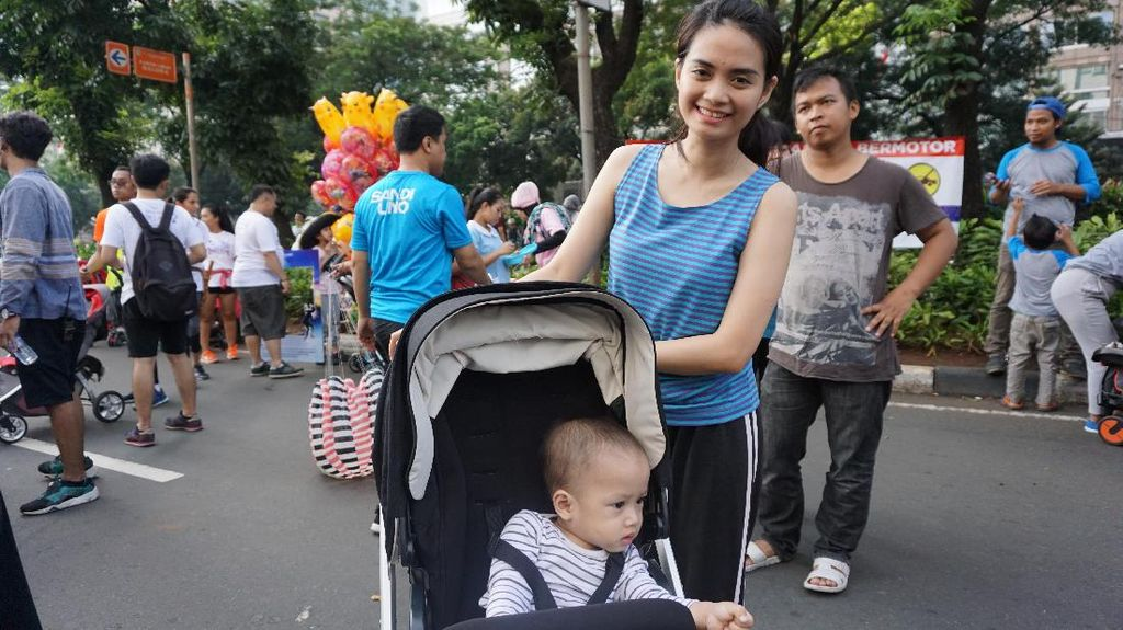Bisa Dapat Bonus Lebaran dengan Ikut Kontes Foto Ibu dan Anak Ini
