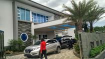 Mengintip Mewahnya Istana Nuryanto Bos Pandawa Group