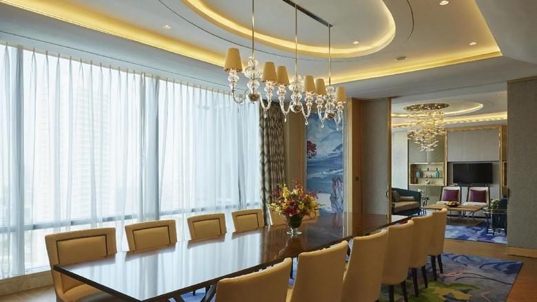Selama di jakarta raja salman pesan 173 kamar hotel raffles for Dekor ultah di kamar hotel