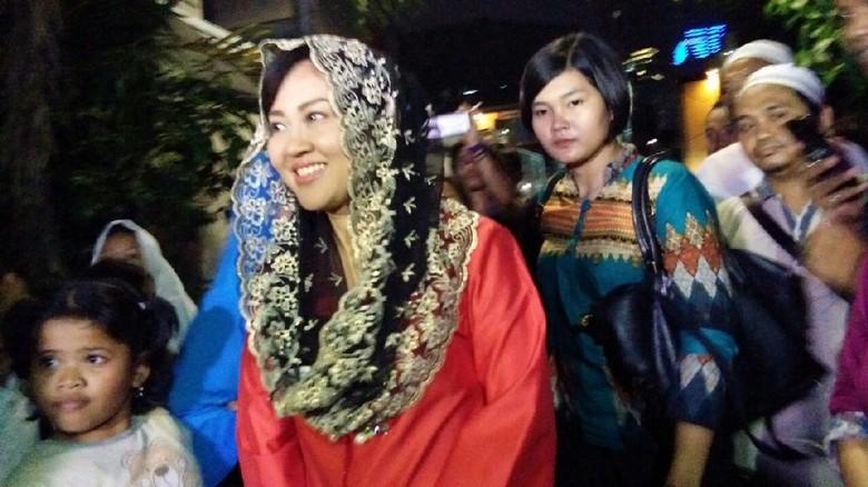 Wakili Happy Farida Hadiri Acara - Jakarta Calon Wakil Gubernur DKI Jakarta Djarot Saiful Hidayat batal menghadiri acara tahlilan hari almarhumah Nenek Happy istri
