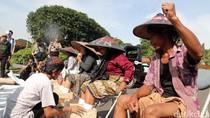 Petani Kendeng Masih Kecewa Meski Bertemu Kepala Staf Presiden