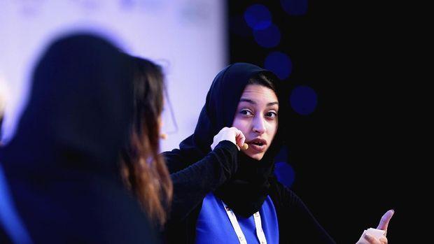 Amna Al Haddad, lifter UEA yang kini jadi motivator sekaligus konsultan NIke dalam membuat Nike Pro Hijab
