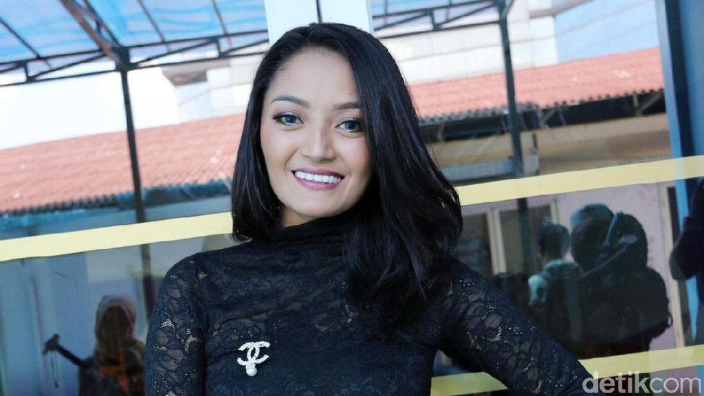 Jadi Diri Sendiri, Siti Badriah Enjoy Perankan FTV Kala Sinta Berburu Cinta