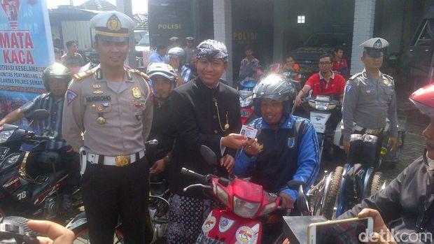 Polisi Sosialisasikan SIM D untuk Penyandang Disabilitas