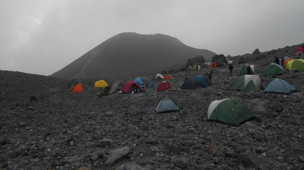 Pesona Gunung Merapi yang Tak Ada Habisnya