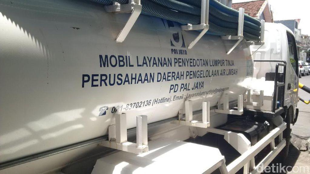 Sedot Septic Tank di Pekojan Bisa Dibayar Pakai Sampah