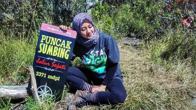 Foto: Chika saat mendaki Gunung Sumbing (siska_kusmayanti/Instagram)
