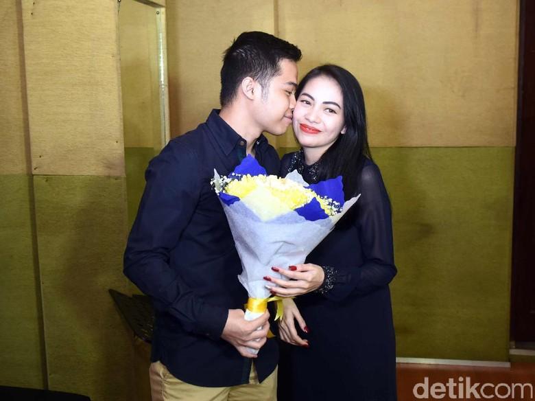 Resepsi Pernikahan Kezia Karamoy di Jakarta Harus Diundur, Ada Apa?