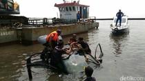 Dugaan Polisi soal Mobil dan Motor Sesajenyang Diceburkan ke Sungai