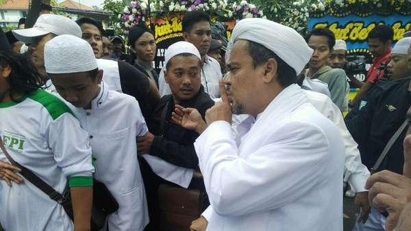 Habib Rizieq Ajukan Long Stay Visa, Polisi: Tetap Kita Tunggu