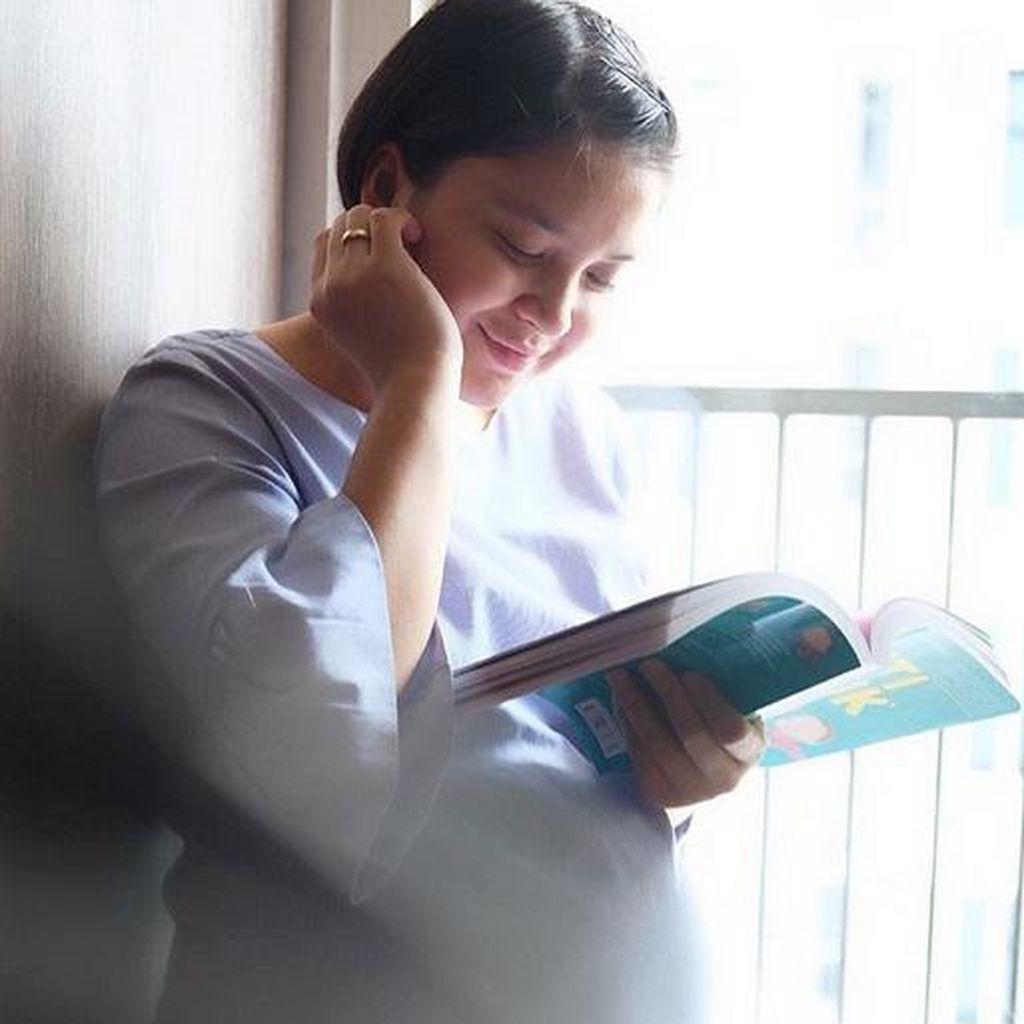 Temani Putri Titian Bersalin, Junior Liem Ikut Tegang