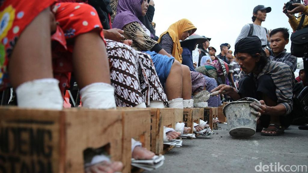 Fadli Zon Minta Jokowi Pasang Badan soal Polemik Pabrik Semen