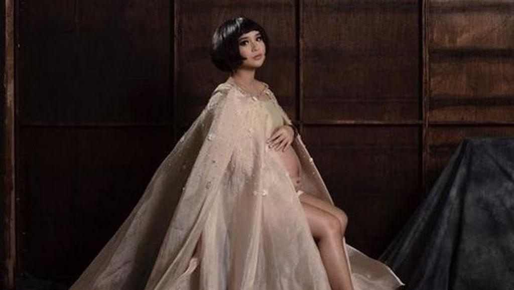 Beredar Foto Sedang Bersalin, Putri Titian Sudah Melahirkan?