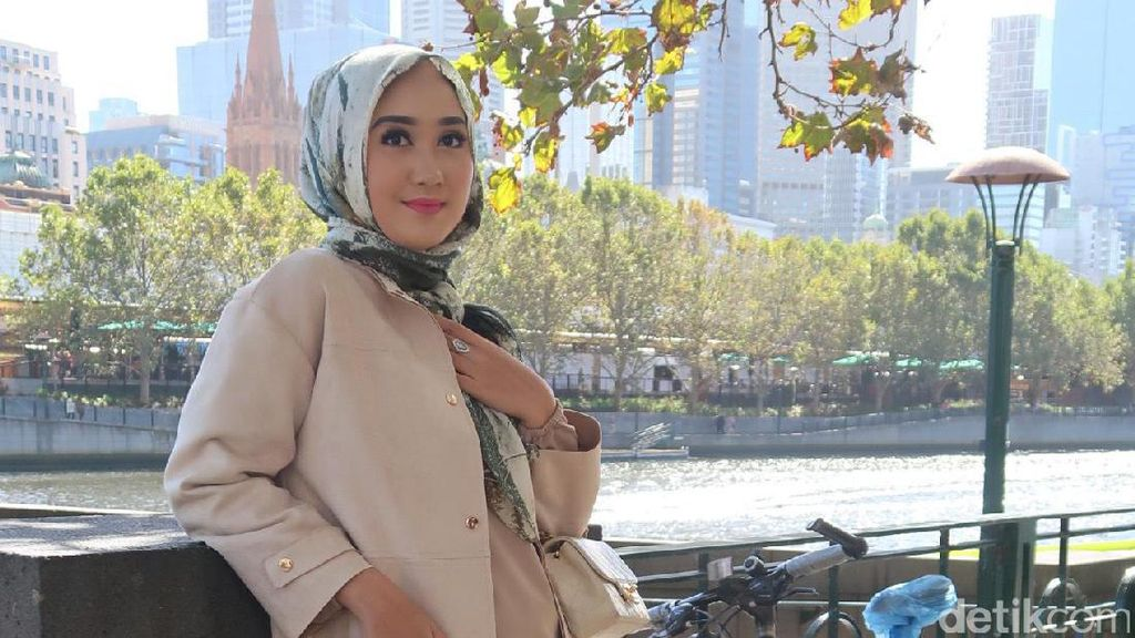 Dian Pelangi &  Desy Ratnasari Seleksi 50 Besar Sunsilk Hijab Hunt Besok!