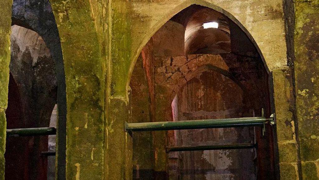 Menyusuri Kota Bawah Tanah Ramla, Jejak Kejayaan Islam di Israel
