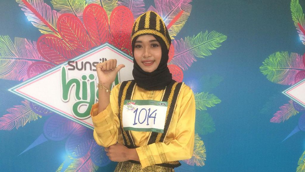 Kisah Guru TK yang Naik Motor 5 Jam Demi Ikut Audisi Sunsilk Hijab Hunt