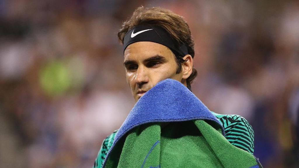 Federer Lolos ke Semifinal Tanpa Keluar Keringat