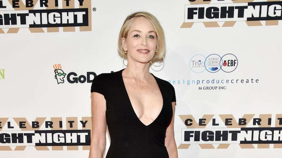 Sharon Stone, Tetap Seksi di Usia 59 Tahun