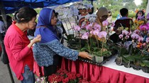 Warga Surabaya Banjiri Minggu Pertanian di Taman Surya