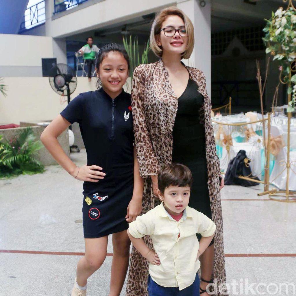 Tak Permasalahkan Status Single Mom, Nikita Mirzani Rindu Sosok Suami