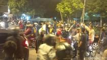 Tegang, Sopir Angkot dan Angkutan Online di Bogor Saling Sweeping