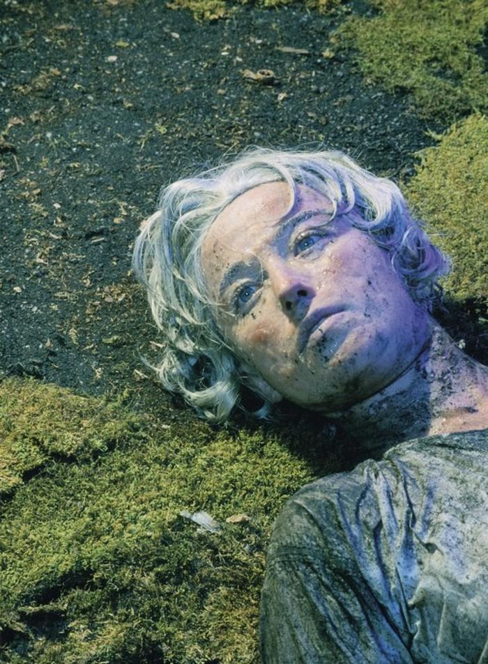 Posisi kedelapan foto yang berjudul Untitled #153 merupakan hasil karya fotografer Cindy Sherman di tahun 1985 dan terjual di tahun 2010 dengan harga USD 2,7 juta atau sekitar Rp 35 miliar. (Foto: Internet)