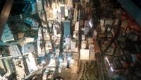 Foto: Berbagai gedung-gedung pencakar langit di maket ini dibangun sesuai dengan aslinya. Lengkap dengan lampu-lampu penghiasnya (Wahyu/detikTravel)