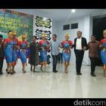 Riangnya Susi Menari Malulo di Sulawesi Tenggara