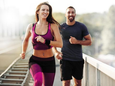Olahraga Bersama Pasangan Seperti J-Lo & Alex Rod, Apa Manfaatnya?